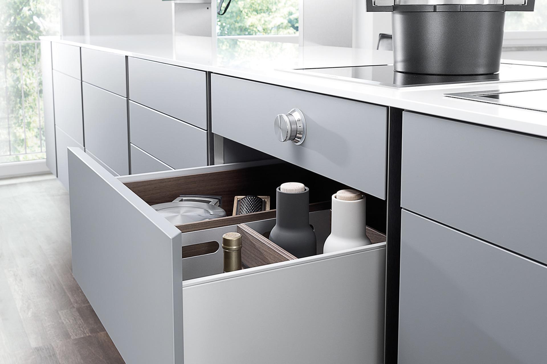 poggenpohl p'7350 kitchen - studio f. a. porsche | premium